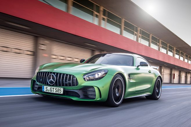 2017 Mercedes-AMG GT R review
