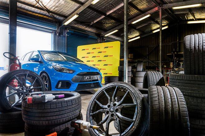 MOTOR Tyre Test