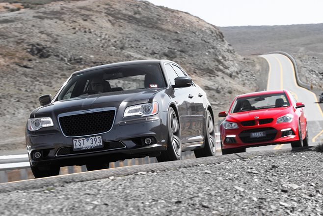 HSV Clubsport vs Chrysler 300 SRT8 Core test