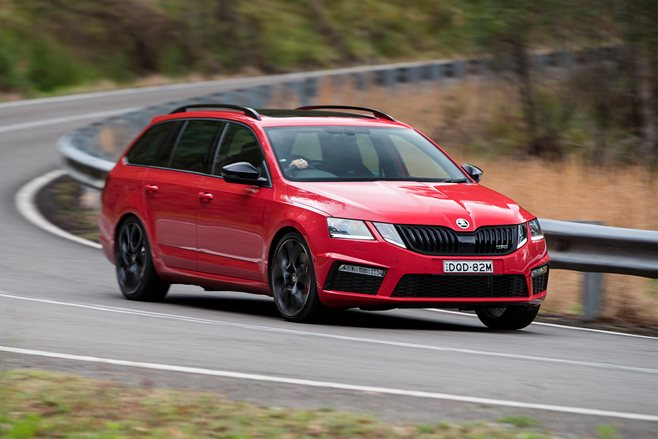 Skoda Octavia RS245 Wagon red