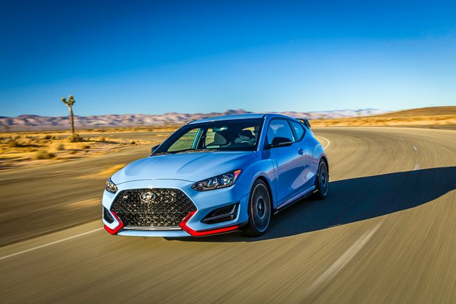 2018 hyundai veloster n revealed motor. Black Bedroom Furniture Sets. Home Design Ideas