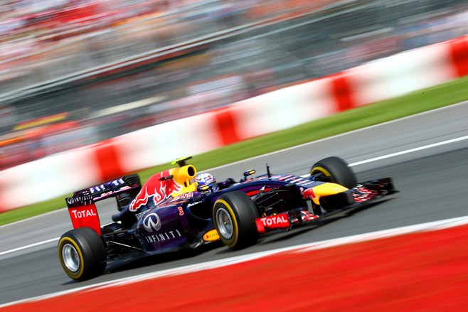 Daniel Ricciardo wins Canadian F1 Grand Prix