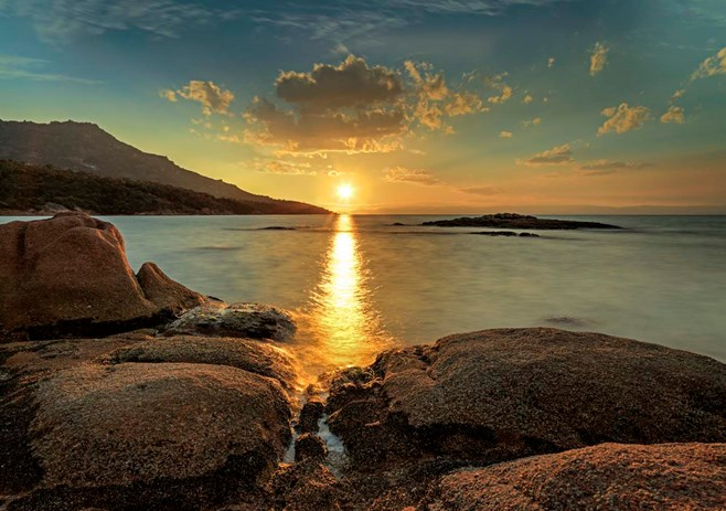 Honeymoon Bay, Freycinet sunset