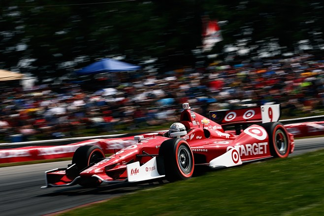 Scott Dixon takes first at Indy 200