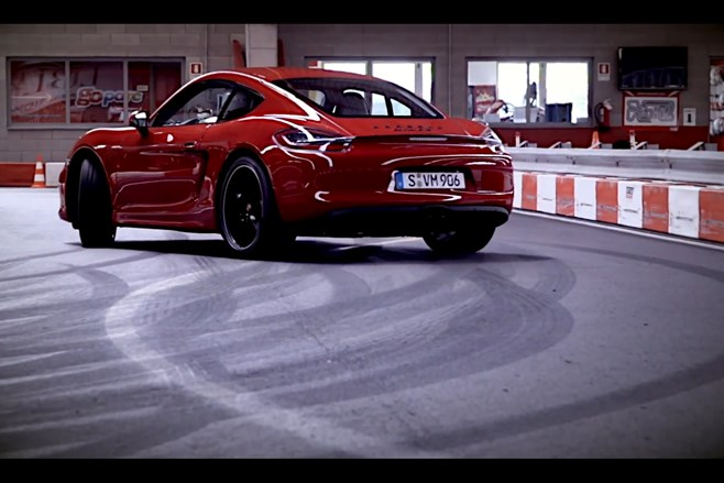 Porsche Cayman GTS video drift go kart track