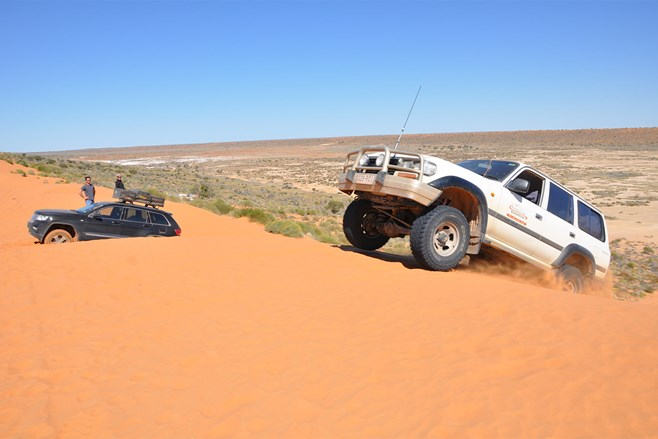 Landcruiser in the Simpson Desert