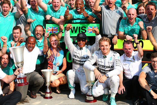 Lewis Hamilton wins Italian F1 GP at Monza