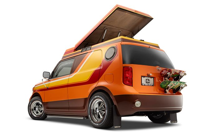 Scion xB 70s style Riley Hawk SEMA
