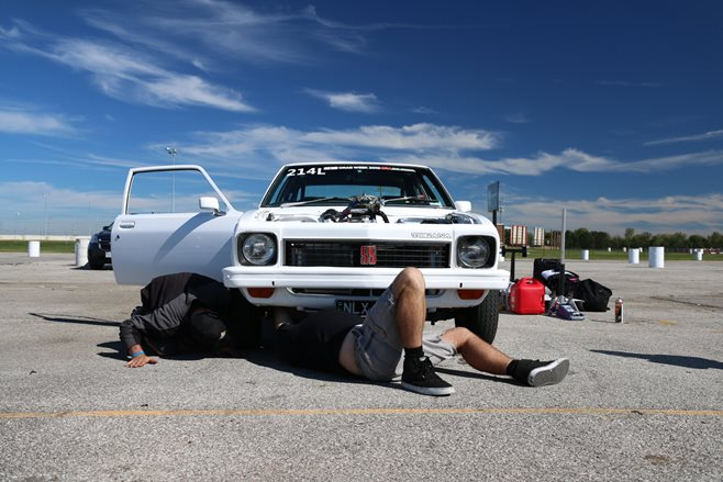 Holden Torana Drag Week