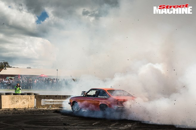 Torana burnout