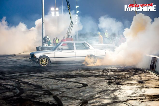BMW E21 LS1 burnout