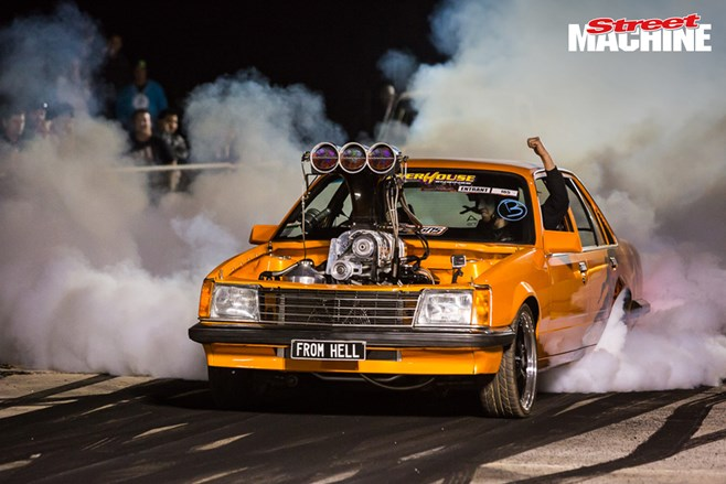 VB Commodore burnout