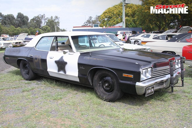 Mopar police car