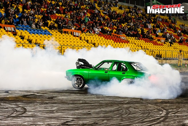 Holden Torana burnout ON IT