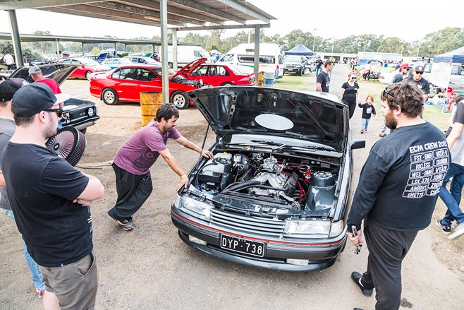 HOLDEN-POWERED NATIONALS AT HEATHCOTE RACEWAY