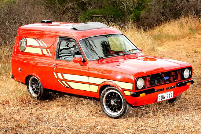 FORD ESCORT SUNDOWNER