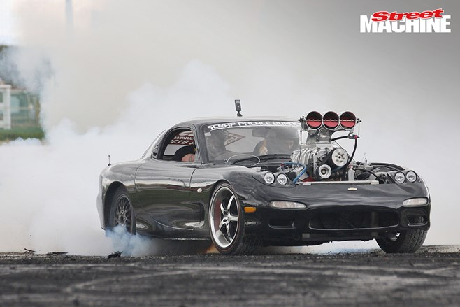 Mazda RX7 V8 Supercharged burnout