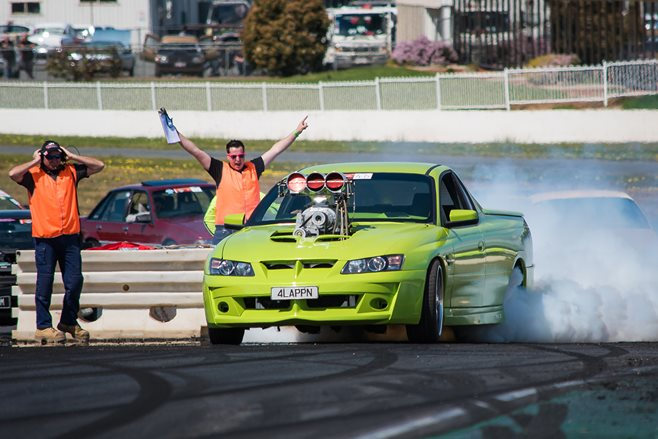 VZ Maloo doing a burnout at Performance Car Mania 2016