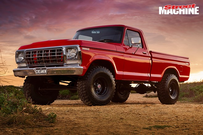 Ford F100 lifted 351