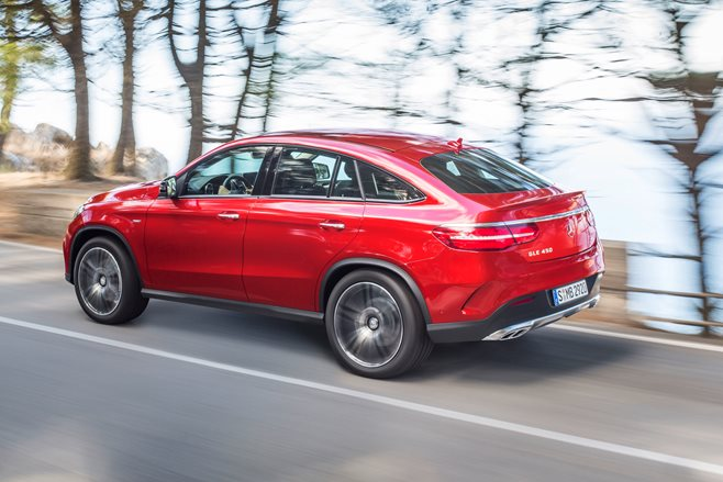 Mercedes-Benz GLE 450 rear tracking