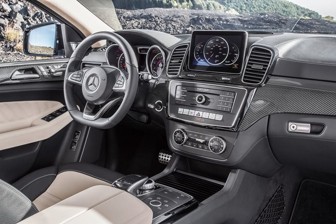 Mercedes-Benz GLE 450 Coupe cabin