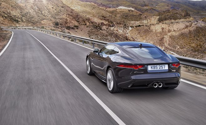 2015 Jaguar F-Type review 2