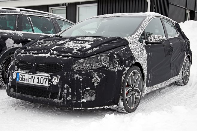 2015 Kia Proceed GT spy shots