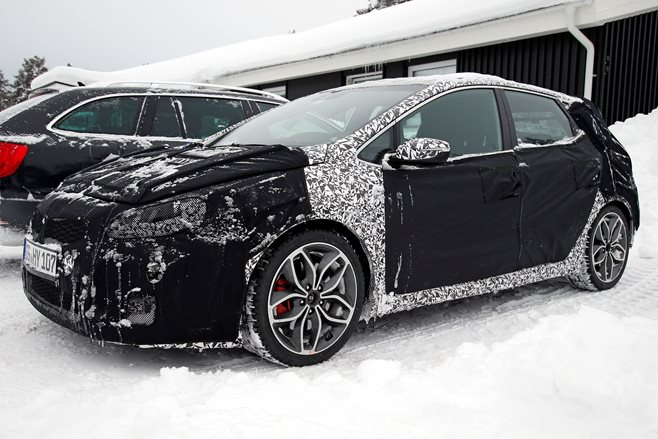 2015 Kia Proceed GT spy shots 4