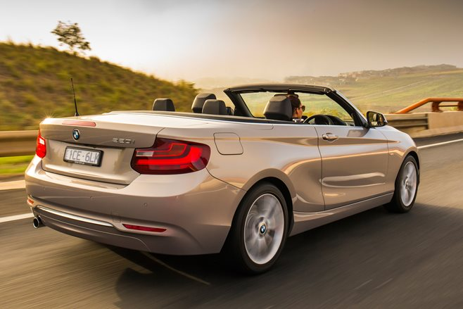 2015 BMW 220i Convertible 2