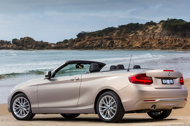 2015 BMW 220i Convertible 4