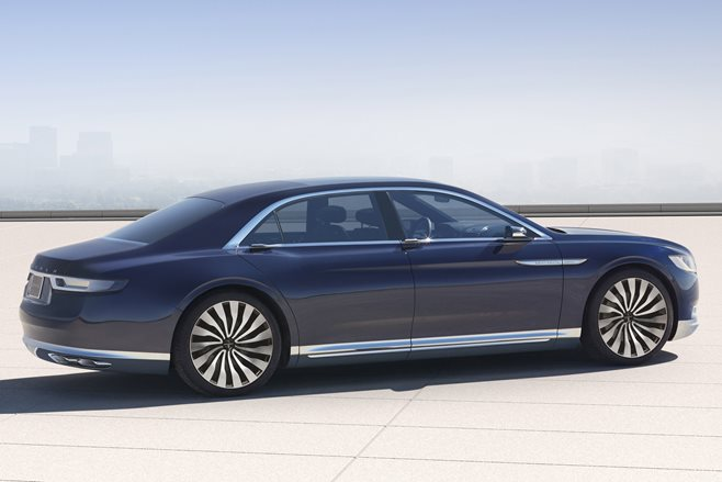 2015 New York Motor Show: Lincoln Continental Concept 2