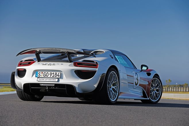 Porsche 918 Spyder review test drive