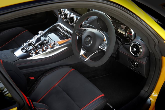 2015 Mercedes-AMG GT S review 4