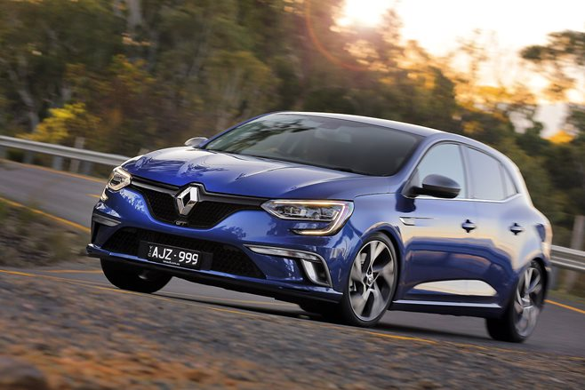 2017 renault megane gt review wheels. Black Bedroom Furniture Sets. Home Design Ideas