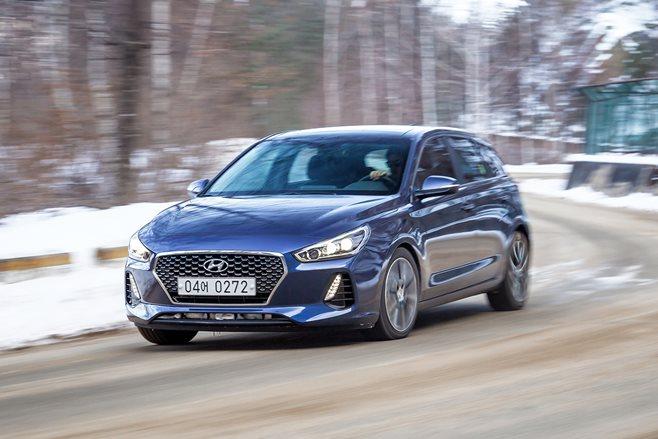 2017 Hyundai I30 Review Wheels