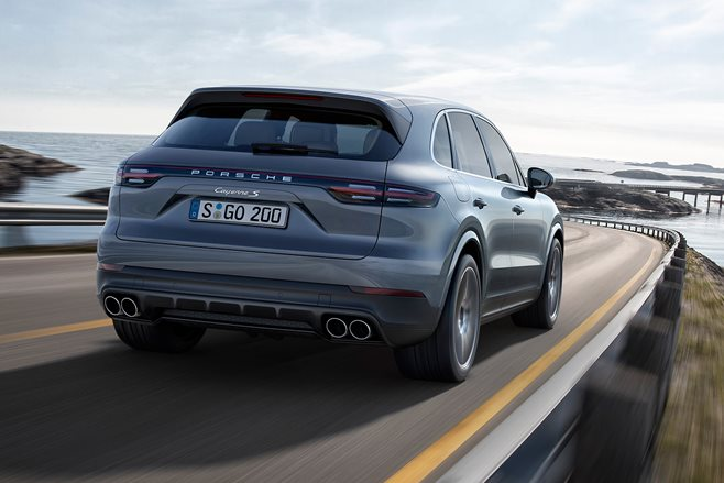 2018 Porsche Cayenne S revealed_rear_dynamic_main