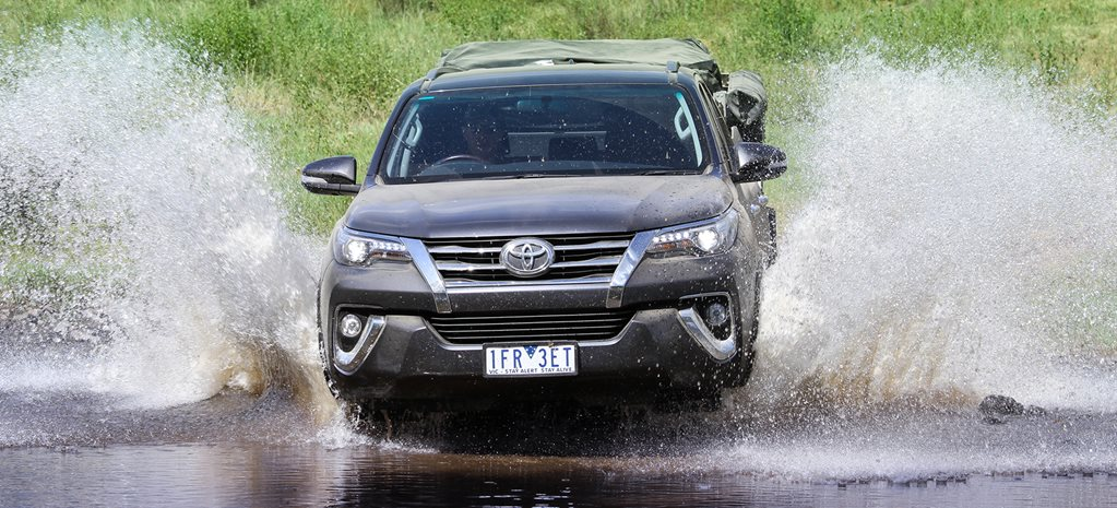 Toyota Fortuner Crusade off-road