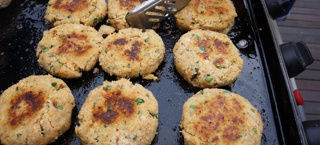 Recipe: Moroccan flavoured salmon & couscous patties