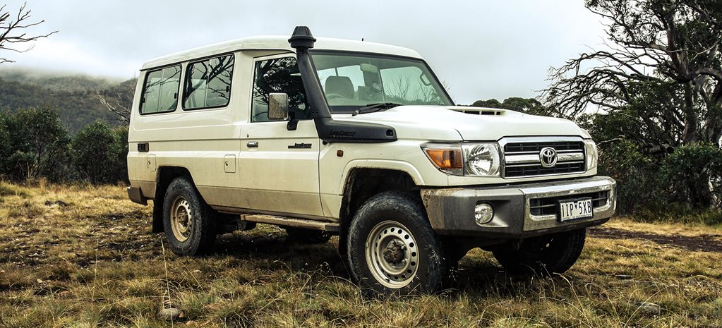 Toyota Land Cruiser VDJ78 Troop Carrier 1
