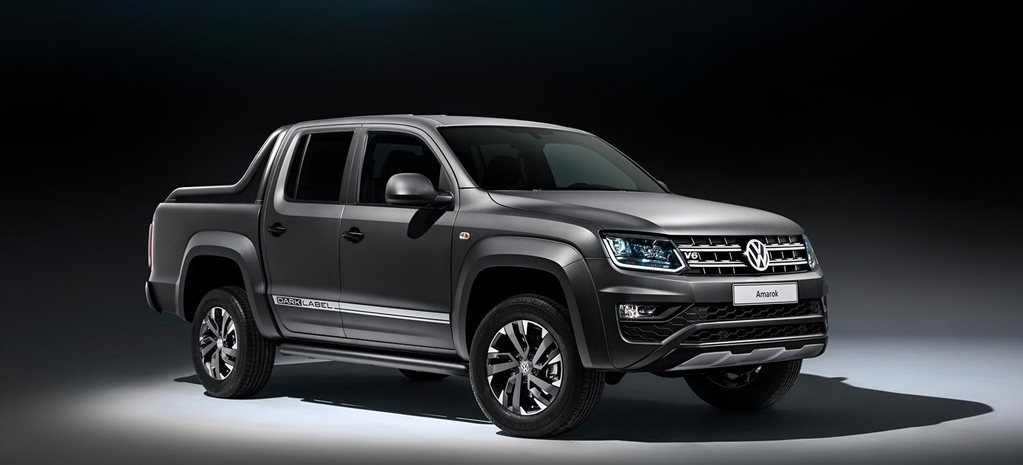volkswagen amarok dark label debut
