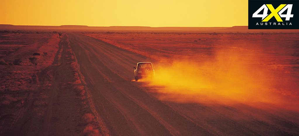 4x4 road trip on the Oodnadatta Track explore south australia
