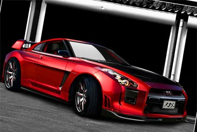 NISSAN GT-R evolves ... again.