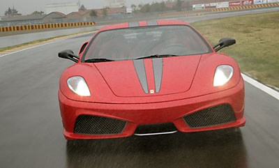 Ferrari 430 Scuderia: Red roar