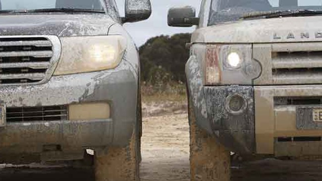 LandCruiser 200 VX vs Discovery 3 HSE review
