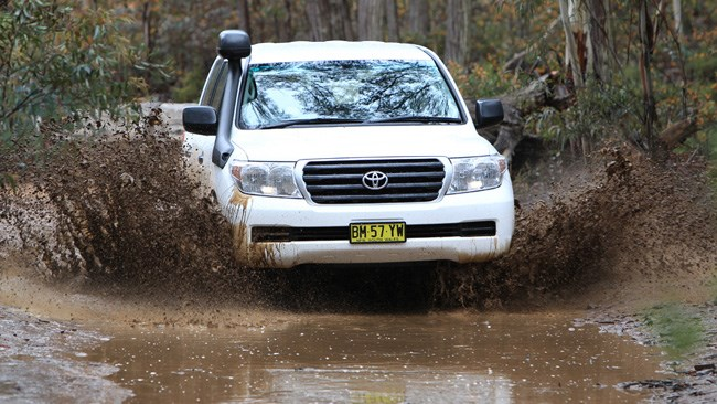 Toyota LandCruiser 200 GX review