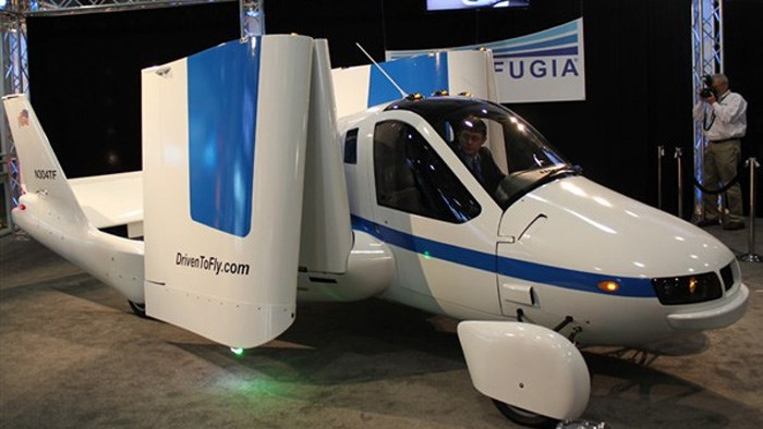 Terrafugia Transition flying car shown in New York