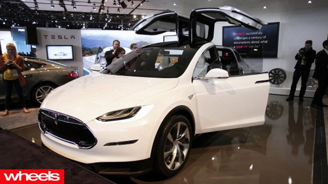 Tesla, Model X, Electric car comes with free recharging - forever