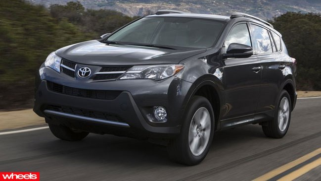 2013 Toyota RAV4 SUV review