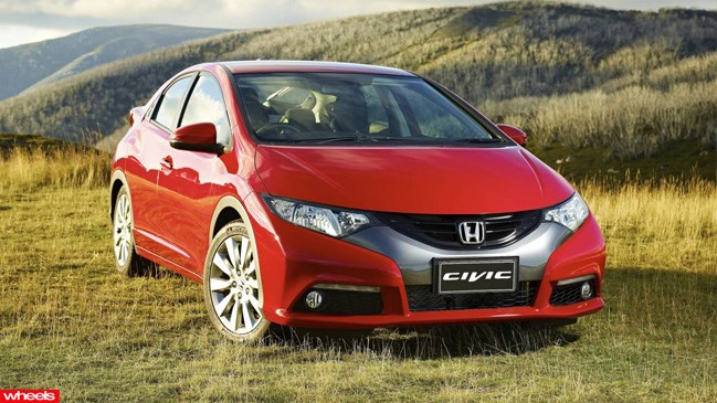 Review: 2013 Honda Civic DTi-S Diesel Hatch, Wheels magazine, new, interior, price, pictures, video