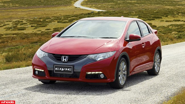 Review: Honda Civic Diesel, Wheels magazine, new, interior, price, pictures, video